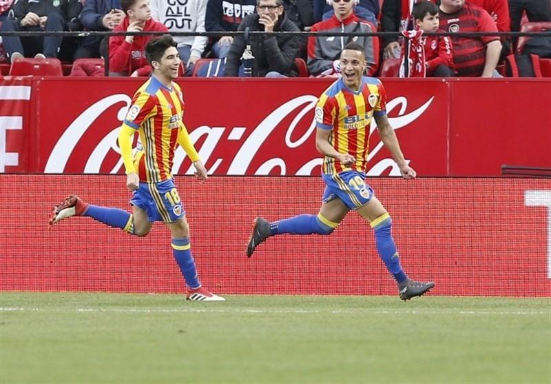 فوتبال دنیا، والنسیا در زمین رقیبش نیمی از راه صعود را پیمود