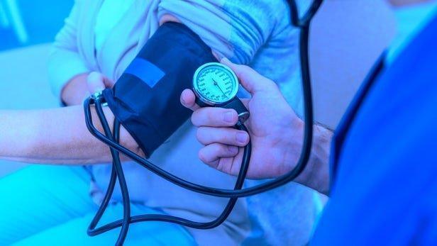 نور آبی باعث کاهش فشار خون می گردد