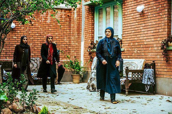 سریال ترش و شیرین از صدا و سیمای مرکز آذربایجان غربی پخش می گردد