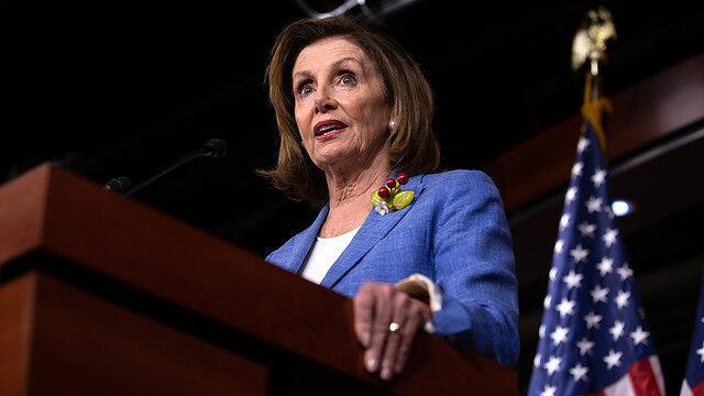 پلوسی: دموکرات ها از اصرار استیضاح ترامپ دست بردارند