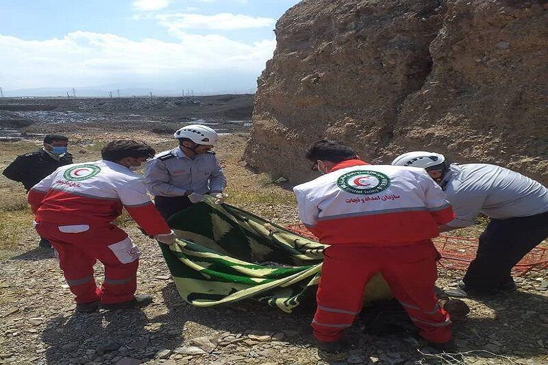 خبرنگاران جسد مردی در خزاق کاشان کشف شد