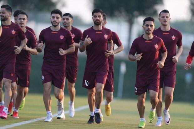 استقبال ویژه از پرسپولیس در قطر، سرخ ها یک&zwnjساعت دویدند