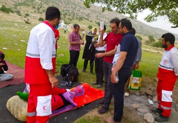 نجات جان زن 27 ساله در ارتفاعات چرام توسط امدادگران هلال احمر