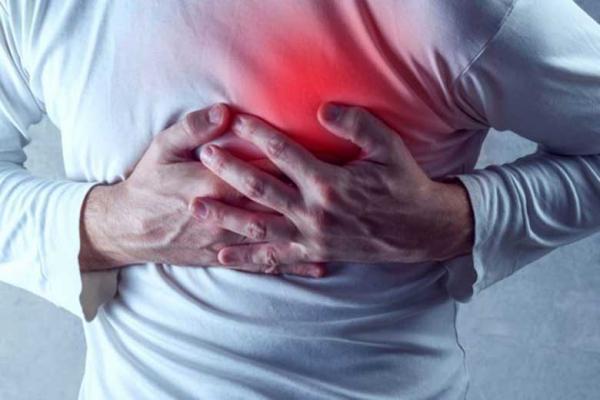 رژیم غذایی پرچرب خطر بیماری قلبی را افزایش می دهد