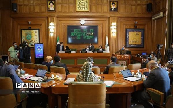 الزام شهرداری تهران به ارائه لایحه عبور ایمن شهروندان از پل های عابر پیاده