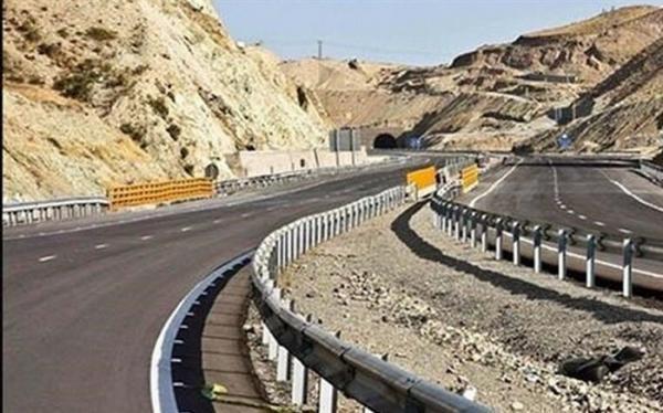 917 کیلومتر بزرگراه تا سرانجام دولت احداث و بهسازی می گردد