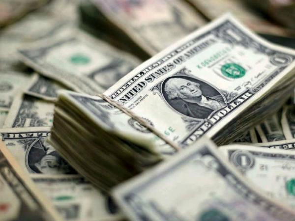 دلار برای رقبا خط و نشان کشید
