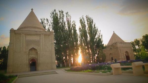 قزاقستان؛ آرامگاه عایشه بی بی در تراز، میعادگاه عشق