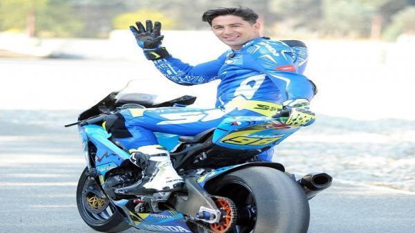 قهرمان حرفه ای موتور ریس در مسابقات بین المللی بدنسازی!